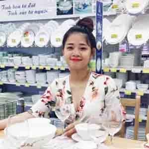 Ms. Tuyết Nhi - Nhà hàng Gia Đình 2